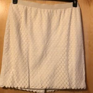 Beige lace mini skirt